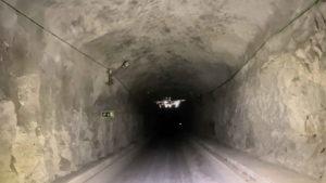 Uno de los sistemas de reconocimiento con drones de Hovering Solutions en un túnel. Fuente: El Español